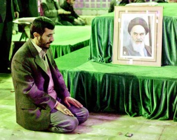 ahmadinejad_khomeini